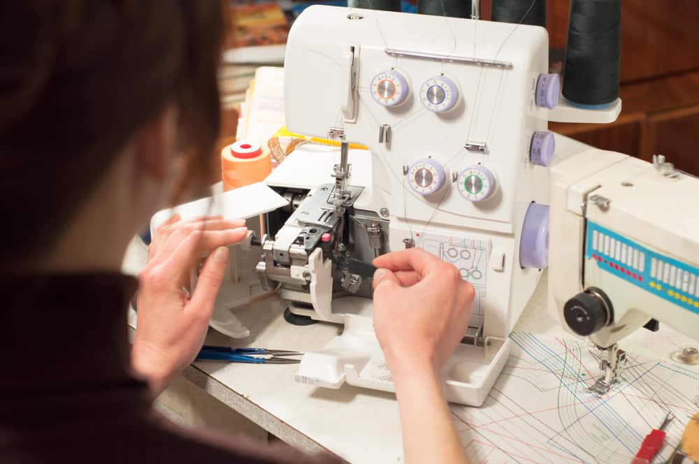 The Best Sewing Machines For Beginners She Likes To Sew Simple How To Sew Using Sewing Machine